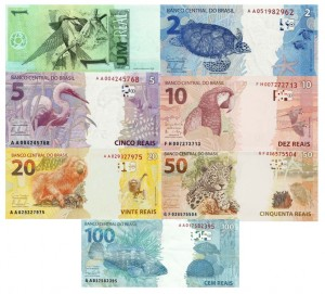 Cédulas do real brasileiro, estampando sua biodiversidade. A cédula de 1 real foi retirada de circulação, e a de 200 reais, com o lobo-guará, passará a circular ainda este mês.